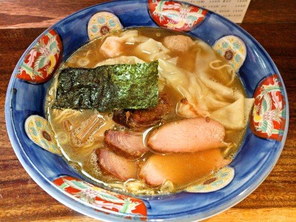 醤油ラーメンに興味ある福岡民は必見!週末昼間しか食べられないラーメン