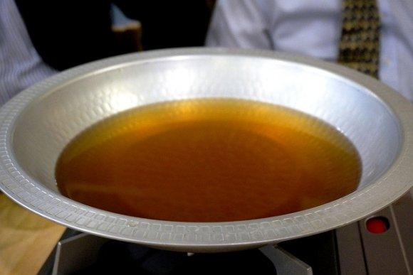 打ち立てうどんが食べ放題!お出汁も旨い「鴨のハリハリうどんすき鍋」