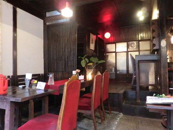 【大阪】大正レトロな空間で味わう名店の爽快スパイスカレー