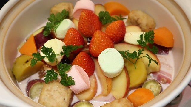 話題の「フルーツ鍋」も!フォトジェニックなメニューが揃うレストラン