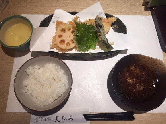 2回に分けて揚げたてを提供!天丼・天ぷらが楽しめる驚愕のコスパランチ