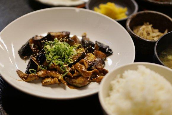 ご飯が進みすぎる!天神界隈で夜でも美味い定食を味わえる食堂