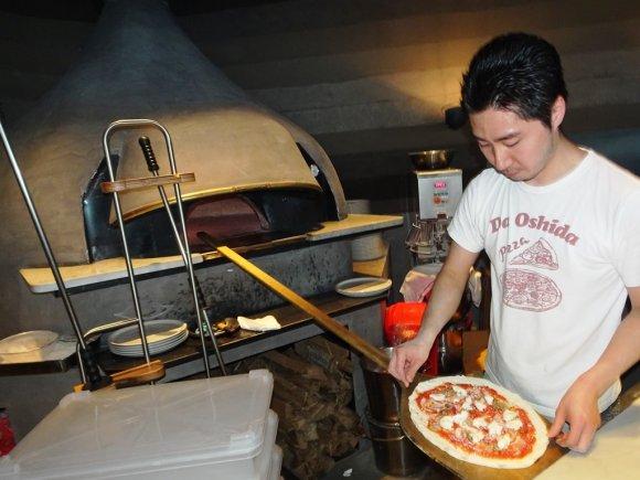ランチから遅めディナーまで旨いピッツァが食べられる!注目エリアの新店