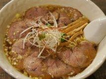 福岡で醤油ラーメン!?今福岡で増えている「非豚骨」の絶品醤油ラーメン