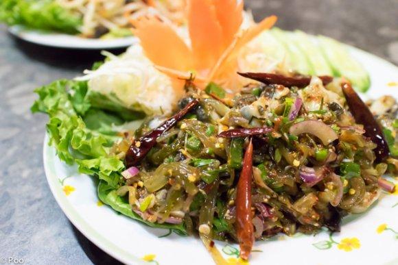 忘年会にもおすすめ!都内で5本の指に入る旨さの本格タイ料理