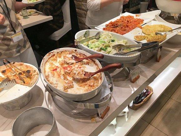 30種超の野菜が摂れるリーズナブルなランチビュッフェ@新宿