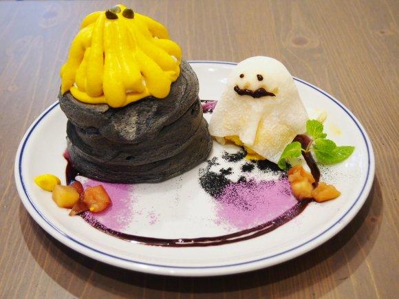 この時期しか食べられない!オバケがキュートすぎるハロウィンパンケーキ