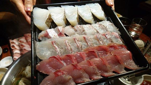お肉・魚・野菜食べ放題!肉の名店で味わう至高のしゃぶしゃぶ