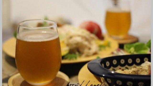 ランチはクラフトビールがALL300円!グランピング気分が味わえる店