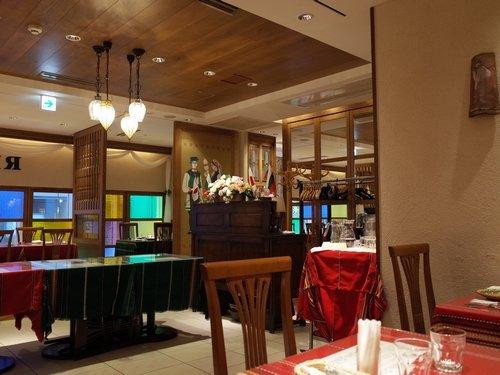 ブルガリア大使館公認!「ソフィア」で日本唯一の本格的ブルガリア料理を