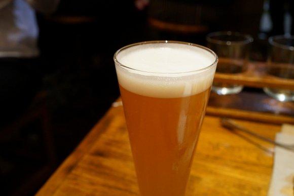 美味しい牛タンにビールが止まらない!予約訪問がベターな新宿の人気店