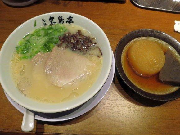 豚骨ラーメンにごまさばも!地元民お勧め福岡観光グルメ7記事