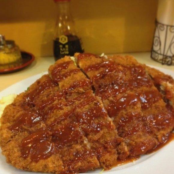 巨大ザンギに横綱ステーキも!腹ペコ民必読の美味しい「デカ盛りグルメ」