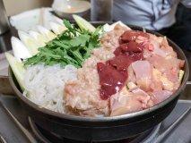 名物「鳥なべ」は絶品!美味い鳥料理をハイコスパで味わえる老舗焼鳥店