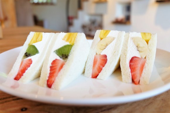 どんぐりマークが可愛い!食べれば食べるほどクセになる極上ホットケーキ