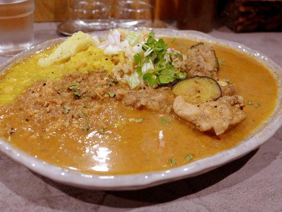 大阪スパイスカレーを語る上で外せない!独自の進化を遂げた必食の4軒