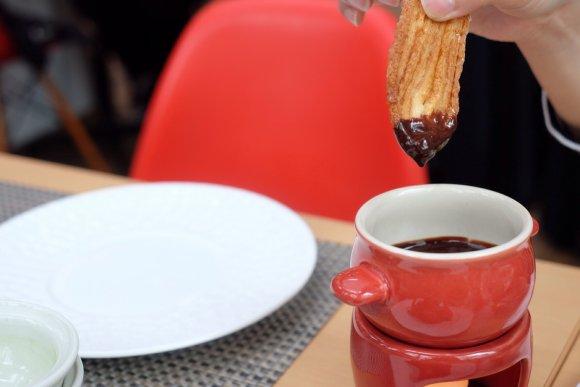 【5/6迄】巨大うなぎパイが突き刺さる限定カフェが原宿に!