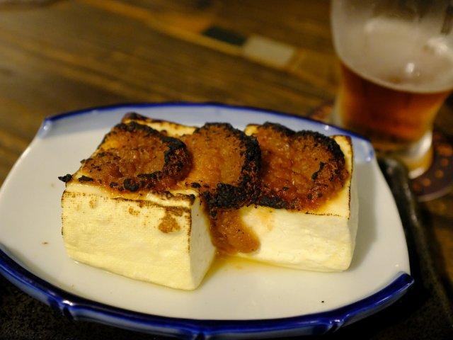 新潟で地産地消のフードと自家醸造のクラフトビールが味わえるブルーパブ