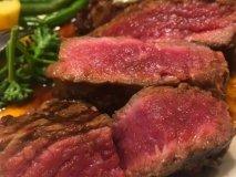 肉好きなら押さえておくべき!都内で美味しい「赤身肉」が楽しめる店5選