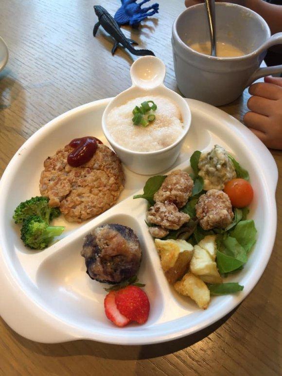 厳選野菜やスーパーフード、スープ食べ放題!罪悪感少なめヘルシーランチ