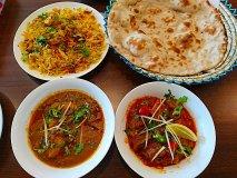 モスク近くの名店!現地の味そのままの本格パキスタン料理店