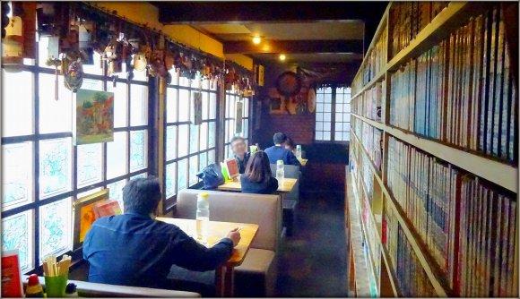 ゲンコツ級の巨大ザンギがドーン!デカ盛り好きが押し寄せる老舗喫茶店