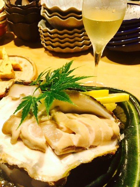 地元民からも観光客からも人気!お酒も料理もはずさない金沢の和食居酒屋