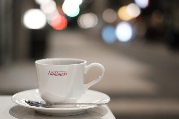 商店街で80年以上!老舗喫茶店で長年愛され続ける「鉄板ナポリタン」