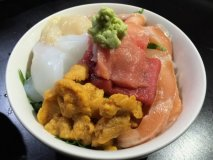 大阪で海鮮丼食べるなら!食の台所・大阪で極上の海鮮丼が食べられるお店