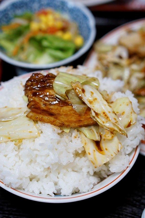 巨大エビチリに肉厚回鍋肉!味良し量良しの最高な中華料理店!
