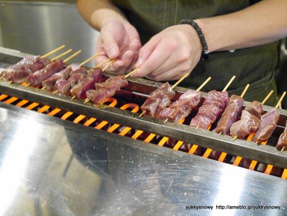 知多ハイボール380円!都内唯一の豆味噌どて煮専門店で名古屋メシ三昧