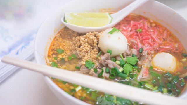 【横浜】タイ人が集う、本格タイ料理が旨い店 J'sストア