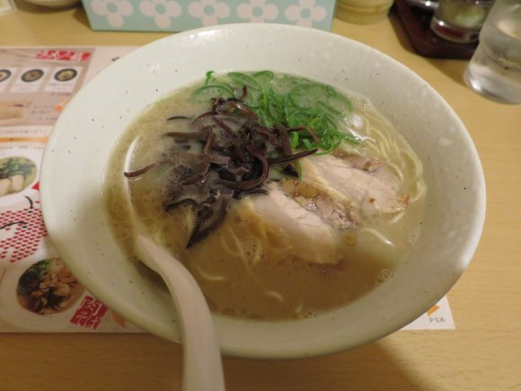 全てJR金沢駅から徒歩10分以内。夜も開いてる実力派ラーメン店5選!
