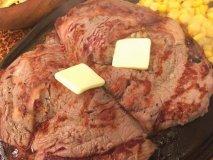すべて3000いいね以上!今年人気を集めた、食通オススメの「肉料理」