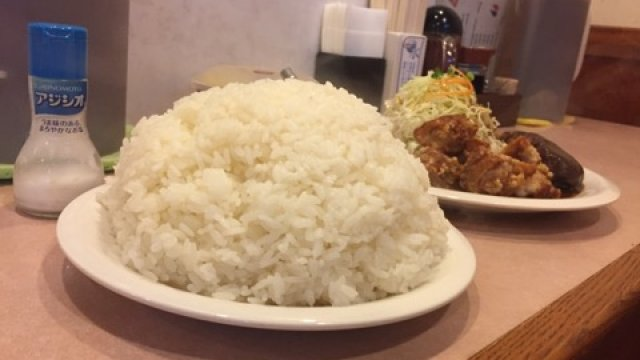 お腹いっぱいご飯が食べたい!見た目も満足ドカ盛りライスの洋食屋さん