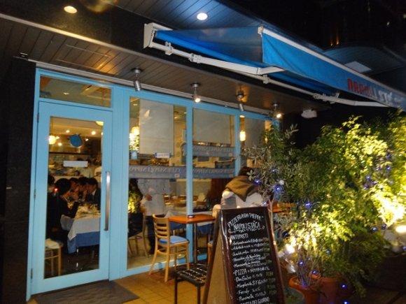 神谷町の超人気ピッツェリアは、本場ナポリさながらの本格派!