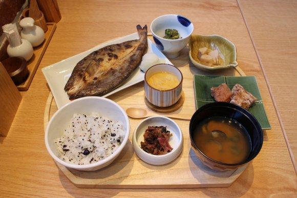 横浜の新名所「マリンアンドウォークヨコハマ」グルメ10選