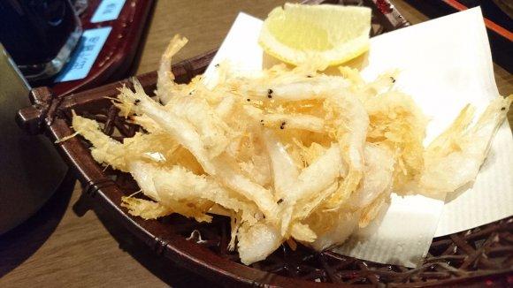 黄金に輝く名物!金沢の近江町市場で味わえる激ウマ「のど黒ひつまぶし」