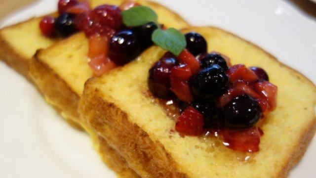 「銀座産のハチミツ」を使ったフレンチトーストが美味しい穴場のカフェ