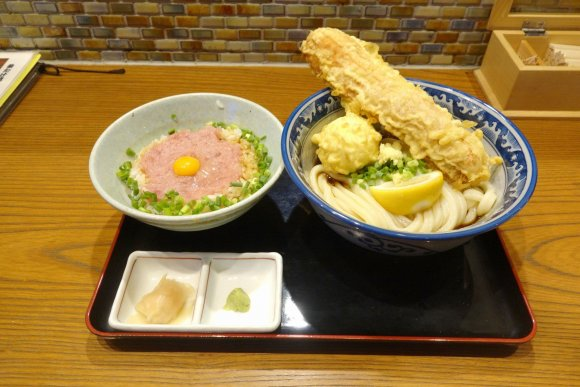 うどん酒場から変わり種のうどんまで!神田駅周辺でおすすめのお店7選