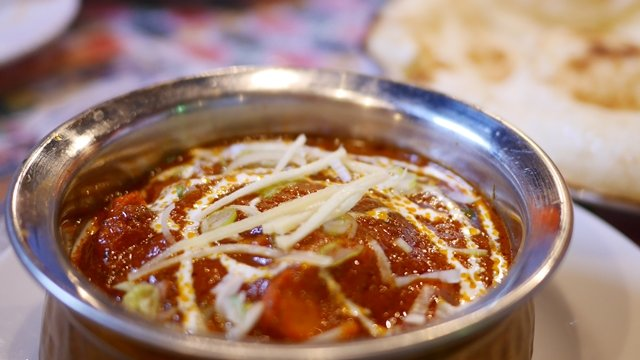 会計時に驚く!日本人好みにアレンジされた人気のインド料理店