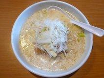 北海道・江別に新名物誕生!?不思議な美味しさの「白い面白いラーメン」