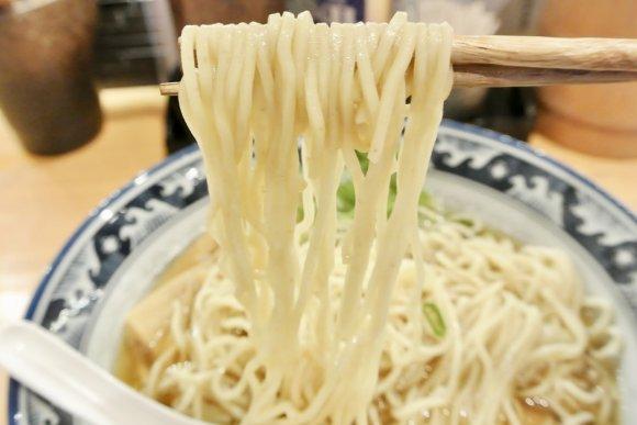 2018年ブレイク必須!和出汁の「中華そば」と「丼物」が楽しめるお店