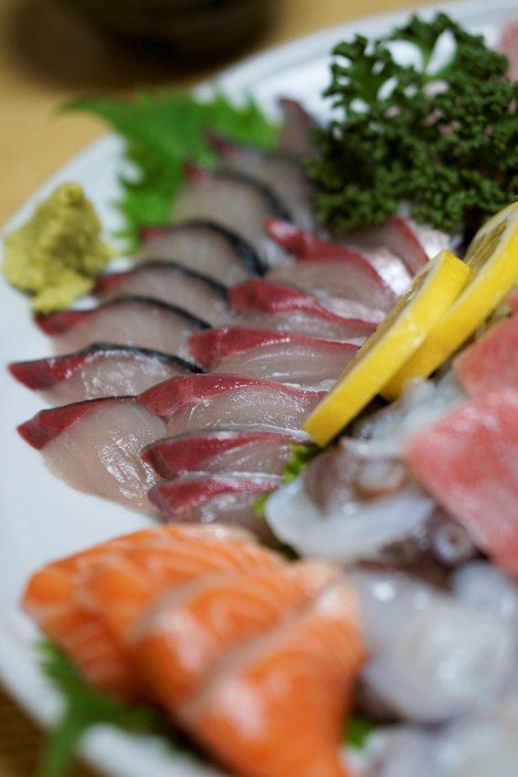 必ず再訪したくなる!安くて新鮮な魚介に感動必至の居酒屋