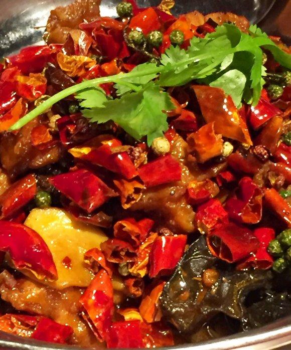こだわりいっぱい!美味しい四川料理を気軽に楽しめる渋谷の『陳家私菜』