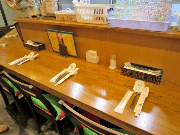 祝移転オープン!本場の味と雰囲気を楽しめるスンドゥブ専門店