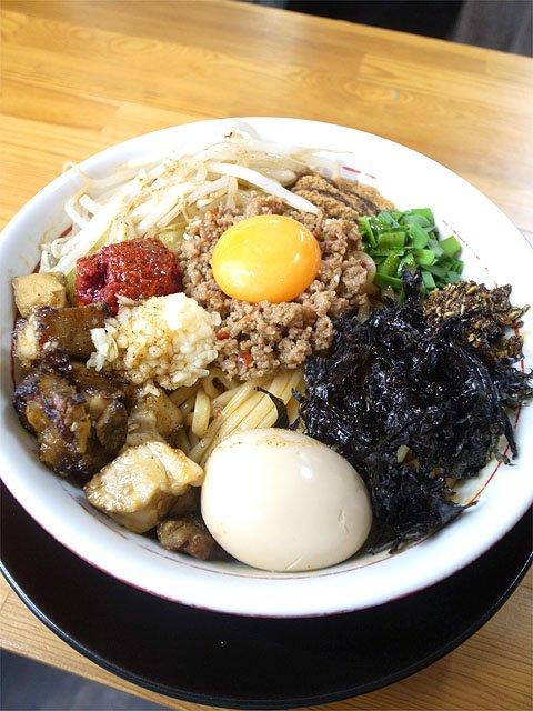 台湾まぜそばから担担麺まで!猛暑を吹っ飛ばす岐阜の激辛ラーメン5選