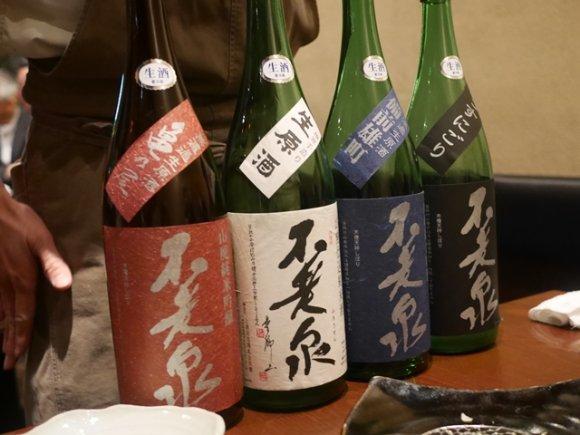 蔵元で買付けた日本酒のみ提供!築地の銘店・居酒屋やまだや