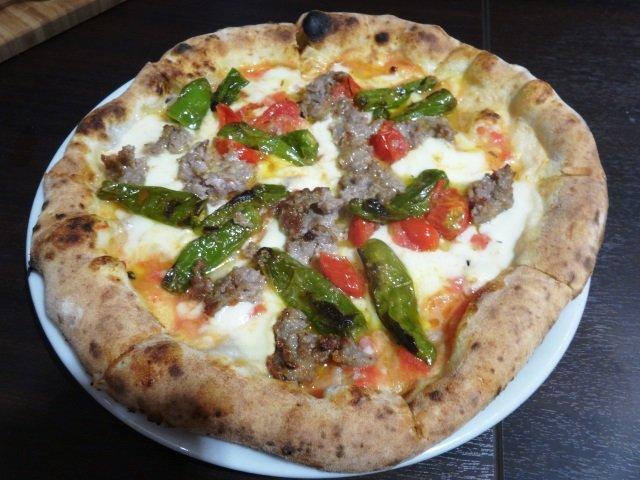 向ヶ丘遊園にイタリア郷土料理とナポリピッツァの名店が誕生!