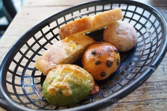 元祖オムライスにパン食べ放題!都内で美味しいランチがお得に楽しめる店